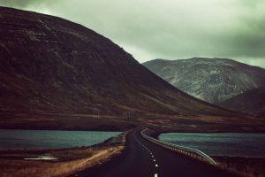 Long winding road through montians